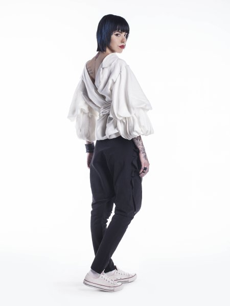 Backless Shirt With Oversized Sleeves